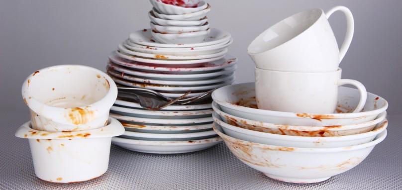 niedomyte naczynia zmywarka