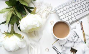 Czym saszetki z kawą różnią się od plastikowych kapsułek?