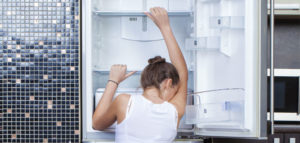 uszkodzona sprężarka w lodówce