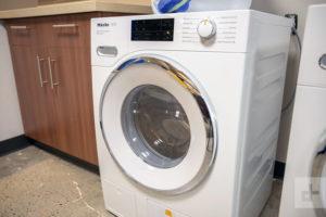 czyszczenie pralki Domestosem